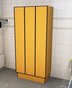 0095 1 TL 400 lockers 3 door solid grade laminate