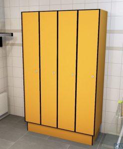 0095 1 TL 400 lockers 4 door solid grade laminate